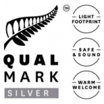 Luxury Touring Qualmark Logo